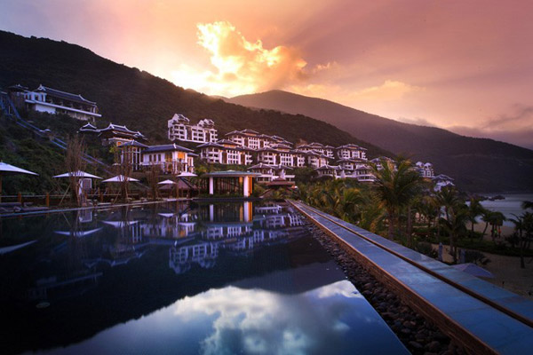resort-sang-trong-bac-nhat-the-gioi-intercontinen-al-danang-sun-peninsula