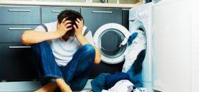 Cách khử mùi hôi bốc ra từ máy giặt