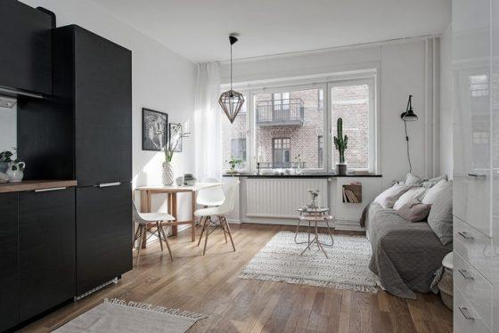 Chủ nhà đã quyết định không ngăn bí quyết những phòng bằng những bức tường để phục vụ một không gian phổ biến tối đa cho căn hộ.