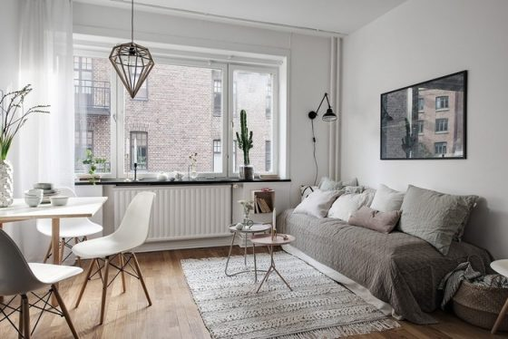 Căn phòng luôn rộng rãi , thoáng đãng có nội thất tối giản.