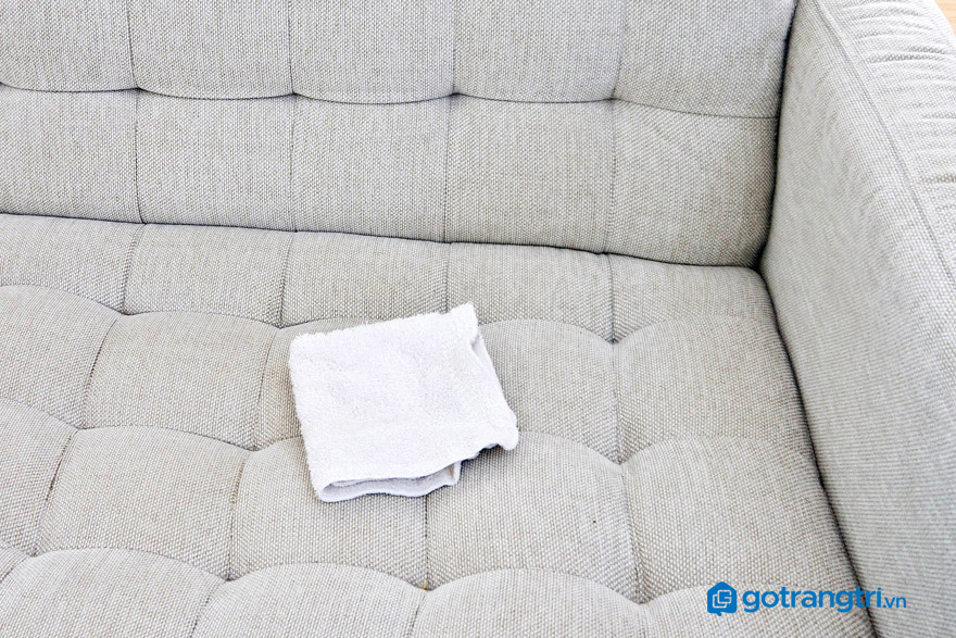 cách-vệ-sinh-sofa-nỉ