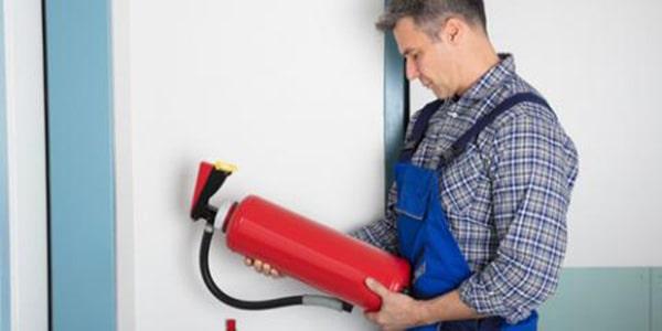 Sử dụng bình chữa cháy hết hạn có nguy hiểm không?