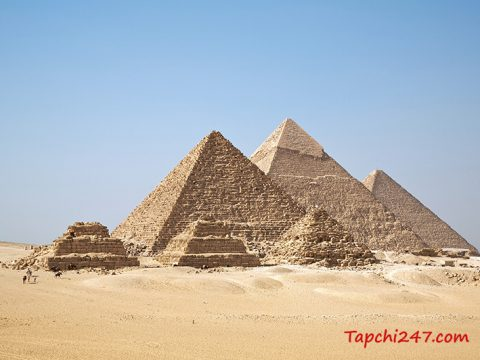 Kiến trúc kim tự tháp Giza