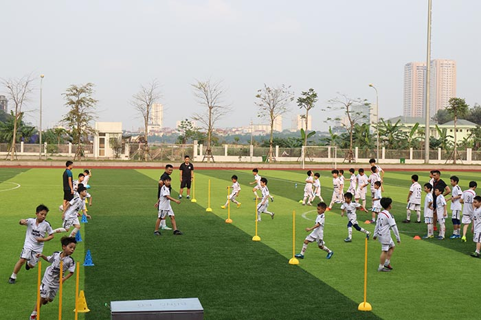 trung tam bong da hanoifootball
